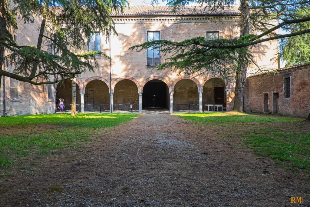 Villa Mensa giardino interno