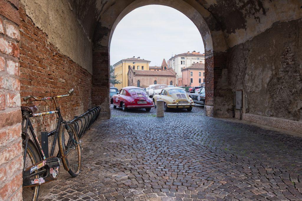 Valli e Nebbie 2019 automobili ed iscritti.